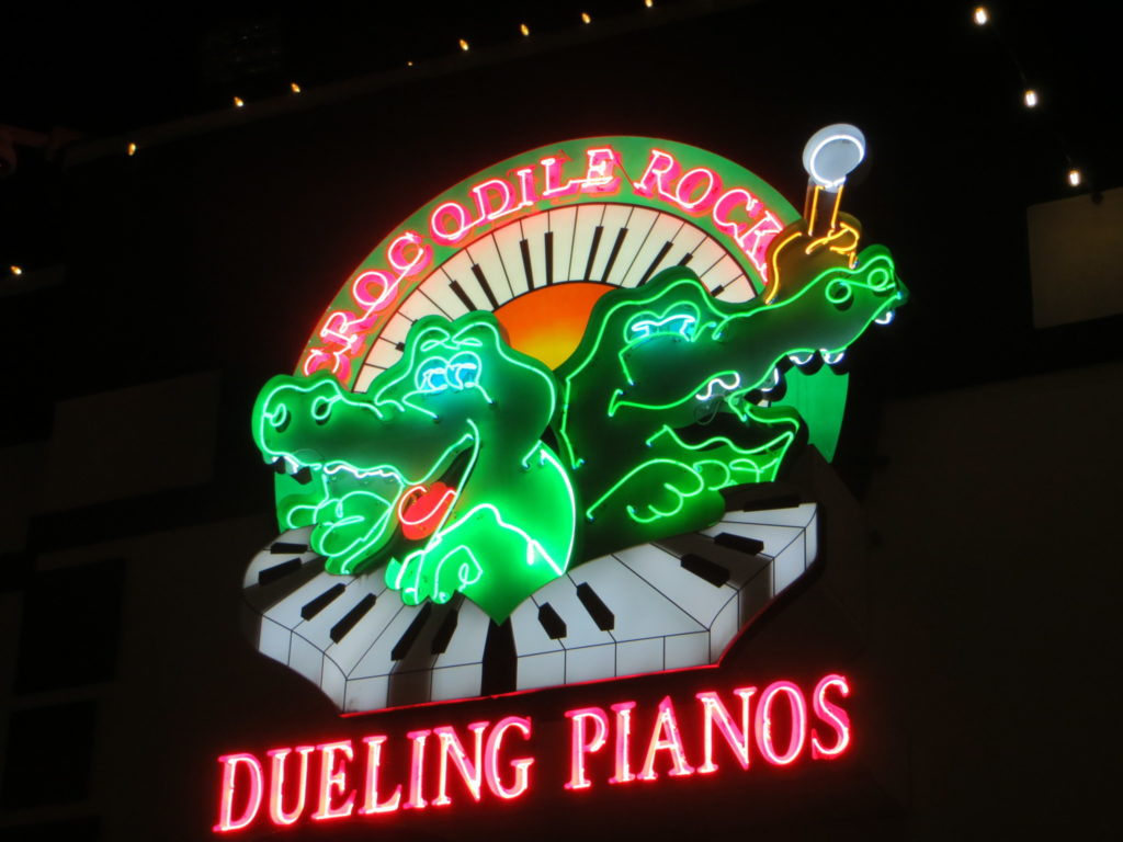Dueling Piano Bar Long Beach Ca