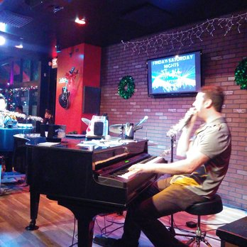 Live From Memphis Dueling Pianos