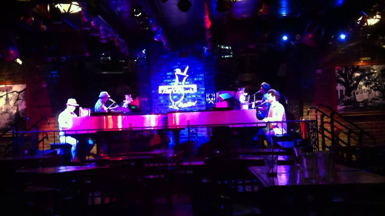 Pat O'Brien's Dueling Pianos