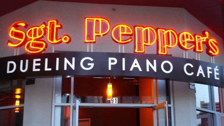 Sgt Pepper's Dueling Pianos